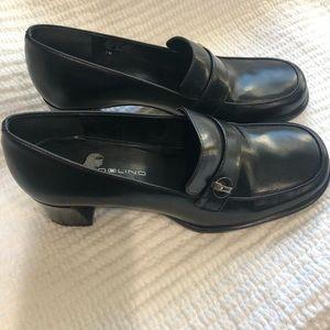 Bandolino black leather oxford pumps size 7